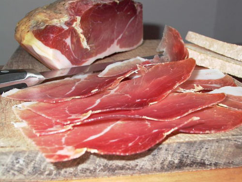 hand sliced prosciutto di Norcia
