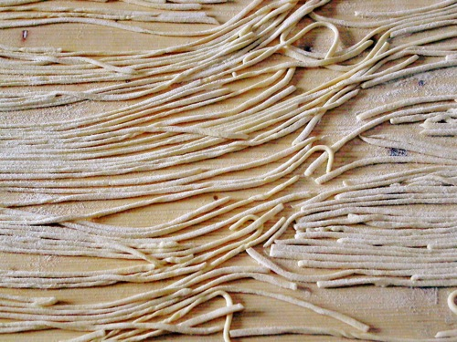 homemade Umbrian eggless noodles