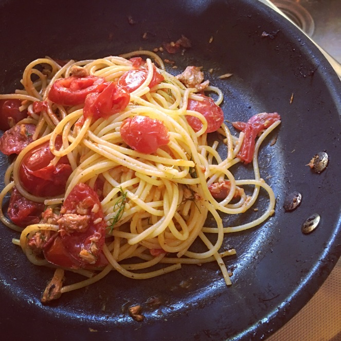 spaghetti with tuna, anchovy and fresh tomato