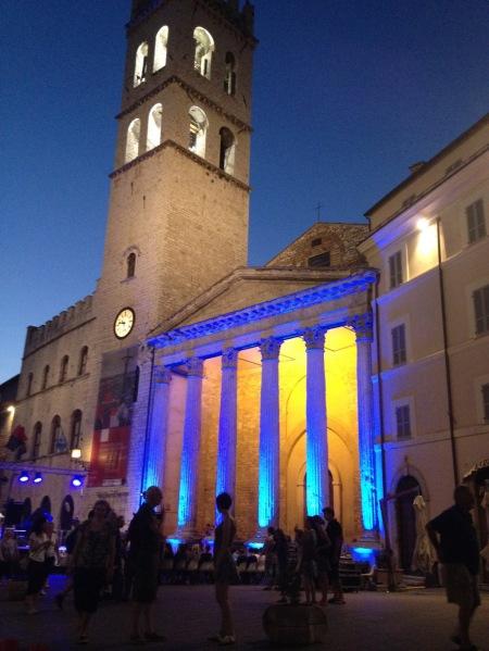 The roman Temple of Minerva, at Assisi's Piazza del Comune