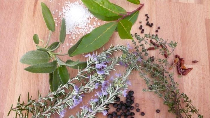herb salt with Umbrian herbs