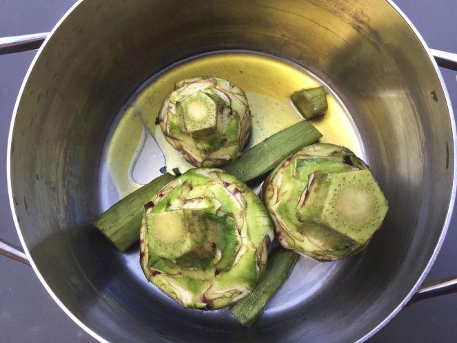 how to cook artichokes carciofi alla romana with olive oil