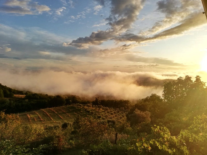 sunset in the fall in Umbria from Alla madonna del Piatto cooking school