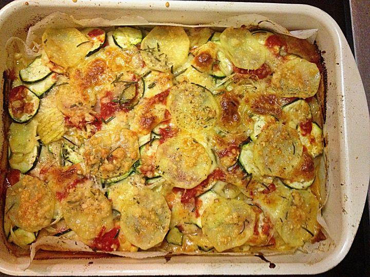 tomato pecorino zucchini vegetable tray bake for a vegetarian dinner
